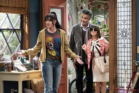 New Sitcoms 2020.Cbs Adds Four New Sitcoms For 2019 2020 The Comic S Comic