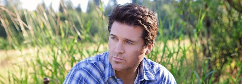 """Billy Ray Cyrus Gives TV Viewers the Gift of Music This Holiday Season in """"Christmas Comes Home to Canaan,"""" A Hallmark Channel Original Movie World Premiere ..."""