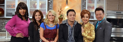 Shows A-Z - young & hungry on freeform | TheFutonCritic.com